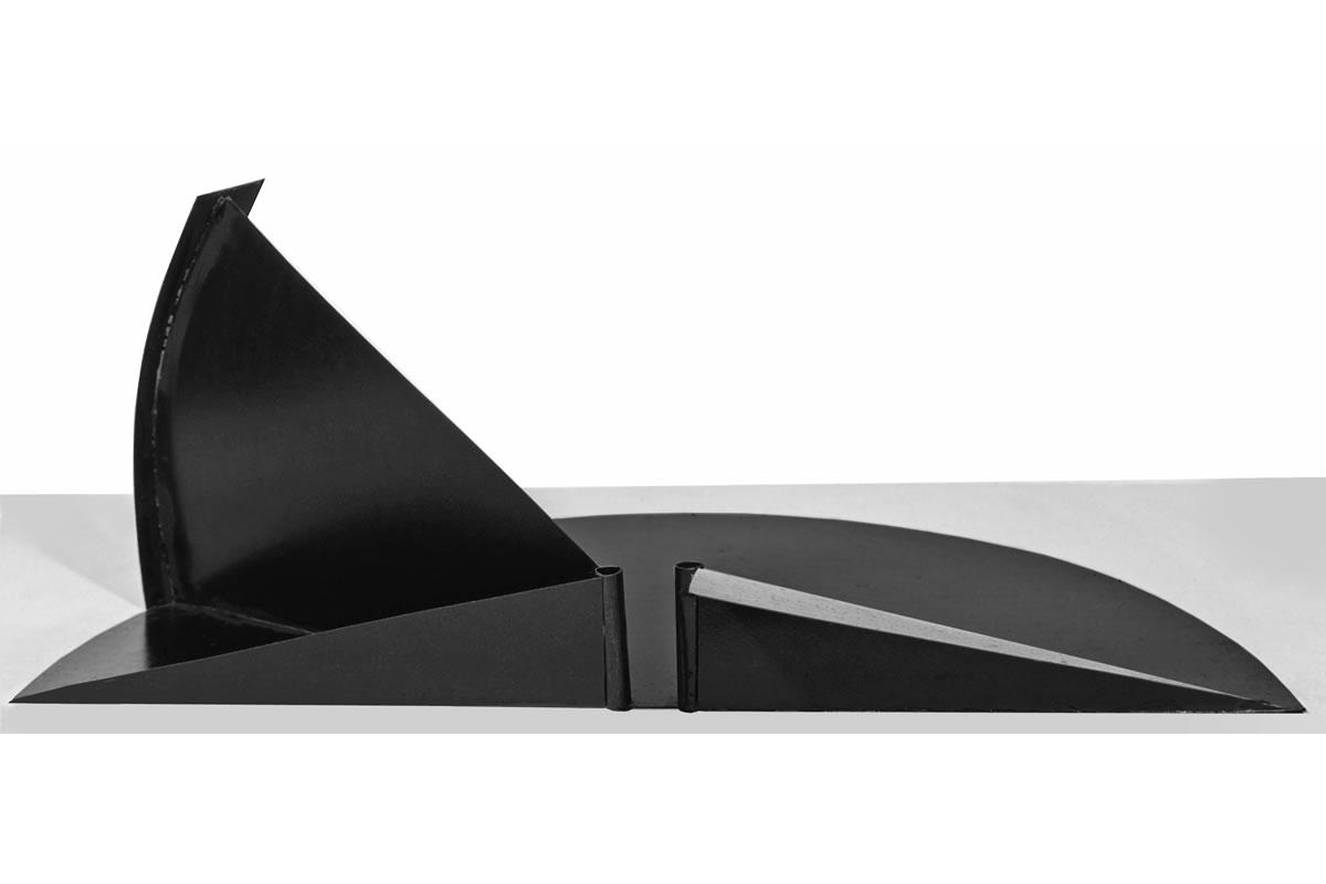 14-black sundial-marco-balzarro